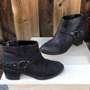 Carlos Santana Ankle Boots size 8